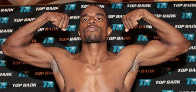 Jesse Hart pose at weigh-in