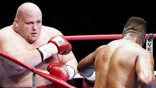 Butterbean vs Larry Holmes