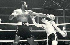 Ed 'Too Tall' Jones boxing