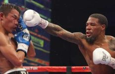 Lamont Roach Jr lands a punch on Rey Perez