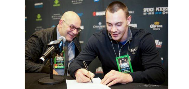 Oleksandr Teslenko signing contract