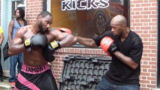 Lamont Singletary sparring