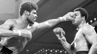 Leon Spinks hits Muhammad Ali